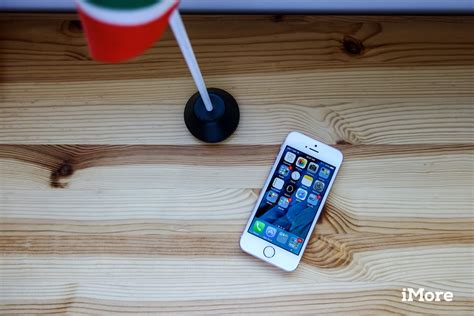 iphone se imore later month gain phone