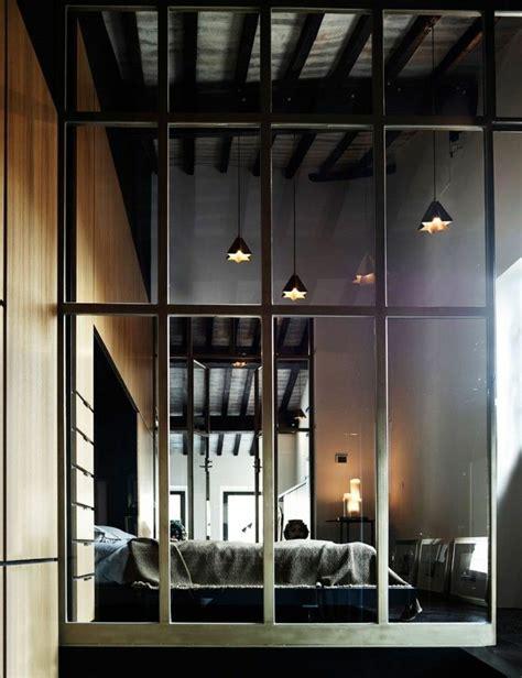cloison en verre interieur la cloison en verre est un moyen 233 l 233 gant d organiser l int 233 rieur archzine fr