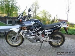 Honda Africa Twin 750 : 1993 honda africa twin xrv 750 rd07 ~ Voncanada.com Idées de Décoration