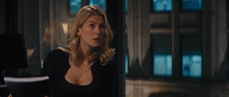 cast of jack reacher series rosamund pike jack reacher part two snapikk