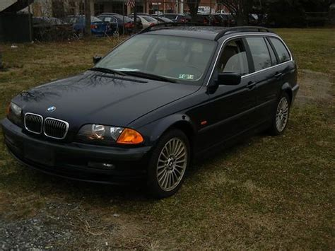 Sell Used 2001 Bmw 325xi Wagon, 5 Speed Low Reserve In