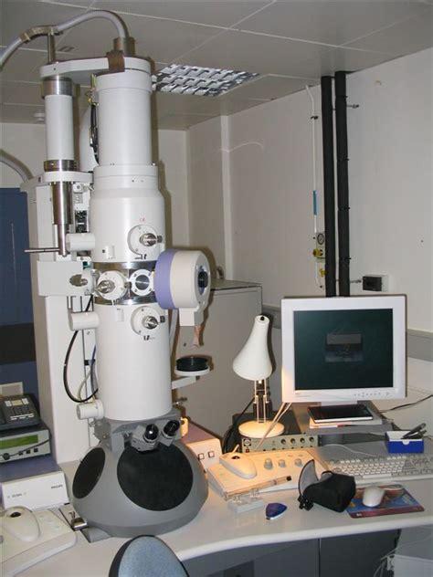 transmission electron microscope magnification range electron microscope