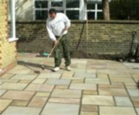 nettoyer une terrasse en pierre tout pratique