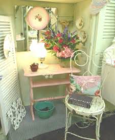 Vintage Shabby Chic Furniture