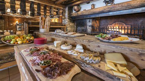 cuisine grange restaurants et bars à méribel hôtel 3 étoiles l 39 eterlou
