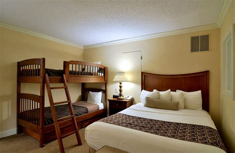 penthouse accommodations in lancaster pa enjoy a two bedroom lan