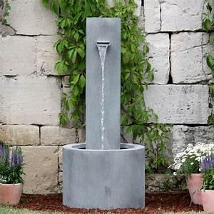 moderner garten standbrunnen carosa o gartentraumde With französischer balkon mit kleine wasserspiele für den garten