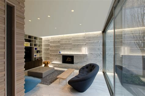 stratus warm white linear wall grazer by pure lighting
