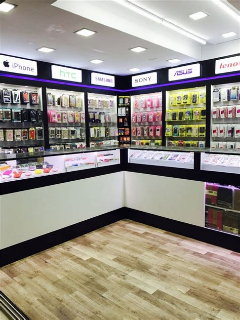 028 small cell phone accessories store interior design