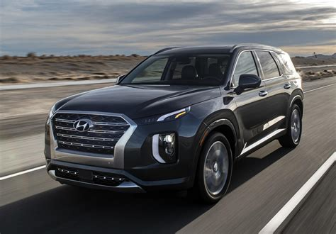 hyundai prices palisade  demolish  competition carbuzz