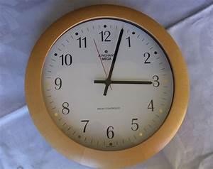Radio Controlled Uhr Bedienungsanleitung : junghans mega funkuhr 373 3015 radio controlled germany neuwertig selten rare ~ Watch28wear.com Haus und Dekorationen
