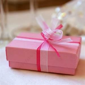 Boite Coffret Cadeau Vide : la petite boite cadeau chic les petits cadeaux ~ Teatrodelosmanantiales.com Idées de Décoration