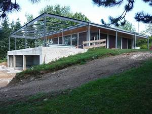Maison Structure Métallique : extension b ton verre m tal d une maison moderne ~ Melissatoandfro.com Idées de Décoration