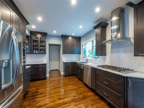 kitchen cabinet distributors kemper cabinets for a traditional kitchen with a 1502