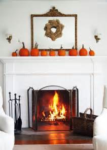 15 thanksgiving mantel décor ideas for a warm inviting