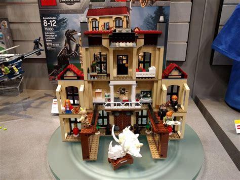 lego  york toy fair  set images  brick fan