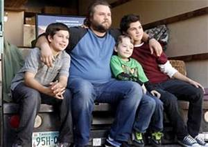 Sons Of Tucson : interview with tyler labine and justin berfield of sons of tucson on fox primetime tv show ~ Medecine-chirurgie-esthetiques.com Avis de Voitures