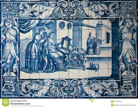 telhas ou azulejos azuis tradicionais decoradas uma