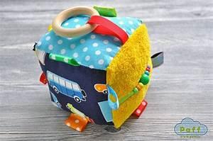 Activity Spielzeug Baby : baby activity block cube rassel spielzeug zu von pafftoys ~ A.2002-acura-tl-radio.info Haus und Dekorationen