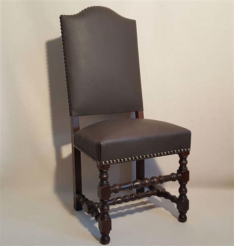 beaux sieges chaise louis xiii bobine dos recouvert les beaux sièges
