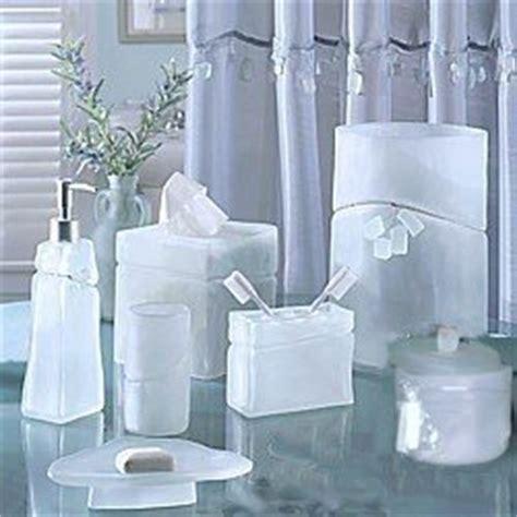 amazon com croscill beach glass bath countertop set 7 pc