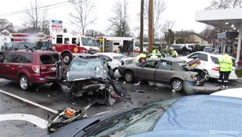 hospital   car crash  north amityville police  newsday