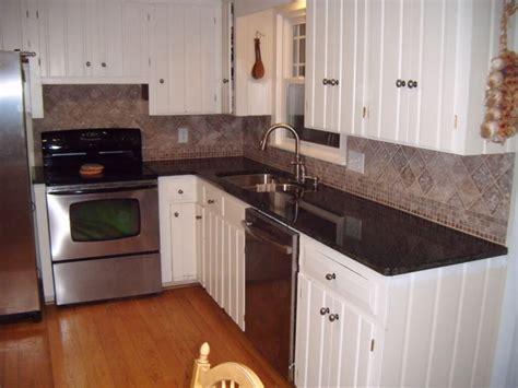 kitchen tile backsplash ideas with white cabinets luxury kitchen backsplashes with white cabinets railing 9839