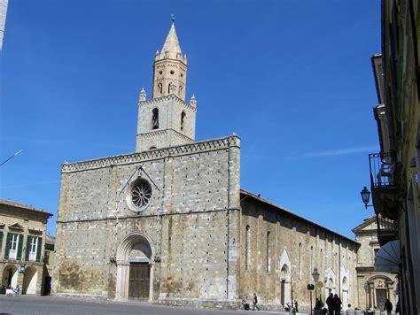 Cattedrale.atri.jpg