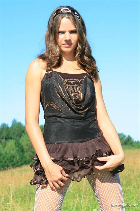 Sandra Orlow Pretty Model In Cute Outfit Modell