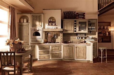 Foto Cucine Rustiche In Legno by Cucina In Muratura E Legno Chiaro