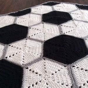 Cobija Para Beb U00e9s Tejida A Crochet Con Dise U00f1o De Pelota De