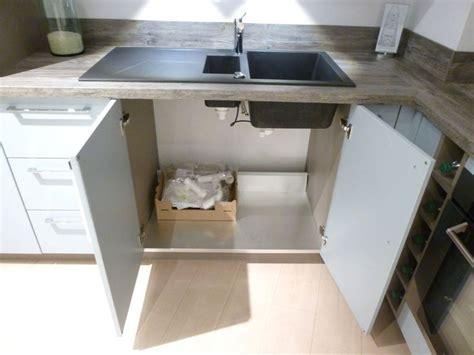 mobilier de cuisine a vendre cuisine schmidt de presentation modele loft colori blue