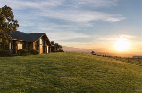 waikii ranch estate modern home  waimea hawaii  clem lam  dwell