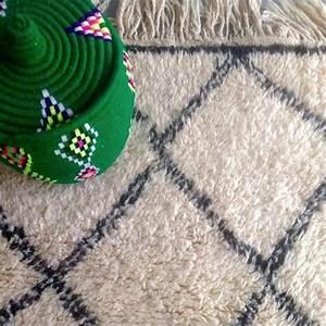 tapis berbere et tapis kilim bien les entretenir marie With tapis kilim avec canapé faible profondeur