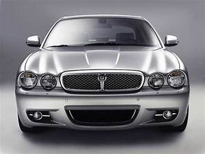 2010 Jaguar Xj  Luxury  Sedans  Aston Martin  Engine
