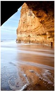 Beautiful Cave On Beach Wallpapers HD / Desktop and Mobile ...