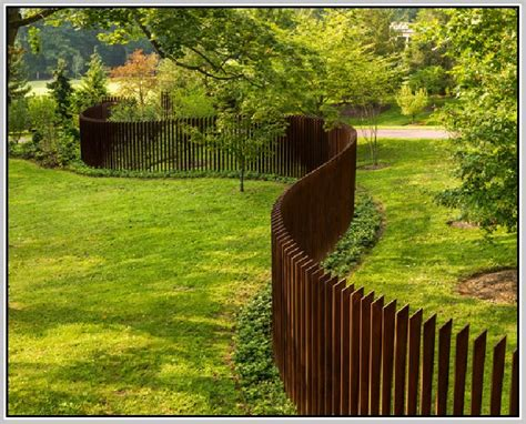 inexpensive privacy fence ideas home design