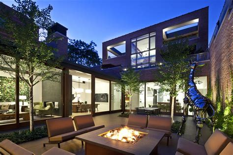 massive lincoln park home  interior courtyard finally sells   curbed chicago