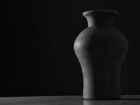 Black And White Vase by Pottery Vase Wallpaper