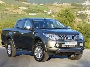 Pick Up Nissan Occasion : toyota hilux occasion annonce toyota hilux la centrale ~ Medecine-chirurgie-esthetiques.com Avis de Voitures