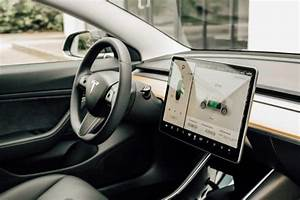 Ya disponible para reserva el Tesla Model 3 más económico