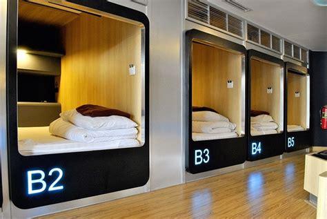 bed capsule sleep box hostel ratchada ladprao bangkok
