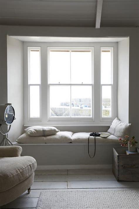 window seat built  reading nooks homemydesign