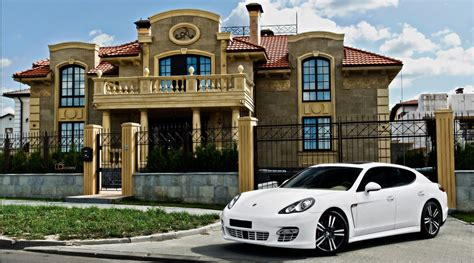 mansions  expensive cars parked