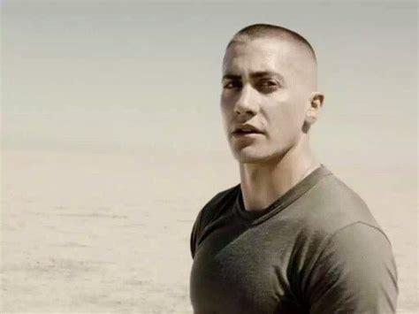 jarhead jacob benjamin gyllenhaal military hair