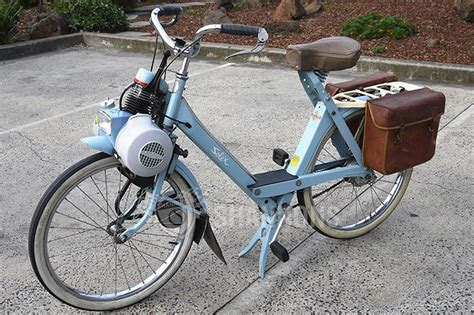 Sold: Velo Solex 3800 Auto-cycle Auctions - Lot 13 - Shannons