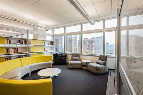 Office Space Nj by Lease Class A Superwide Office Space In Jersey City