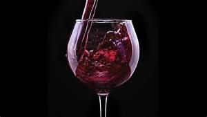 Verre A Vin Noir : fonds d 39 ecran 2048x1152 vin rosiers fond noir verre vin rouge nourriture fleurs t l charger photo ~ Teatrodelosmanantiales.com Idées de Décoration
