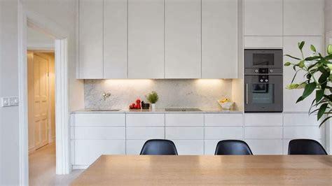 esta cocina lineal  una longitud   llega  los