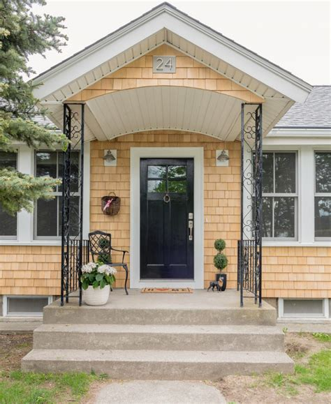 39 Cool Small Front Porch Design Ideas  Digsdigs. Decorating An Apartment Patio For Christmas. Patio Stone Backyard Designs. Patio Decks Woodworking Plans. Flagstone Patio Idea. Patio Table Set Sears. Backyard Landscaping Ideas Plans. Outdoor Patio Furniture Jacksonville Fl. Paver Stone Patio Cost Per Square Foot